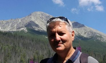 Rozhovor s Ondrejom Krajňákom: Na Slovensku sa bagatelizujú obete komunizmu.