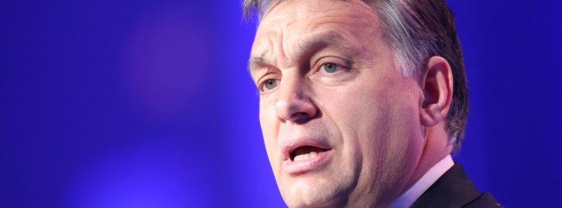 Orbán sa ide pýtať Maďarov, ako podporiť rast pôrodnosti