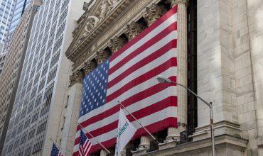 Americký deficit vystrelil o 17%, je najvyšší od 2012