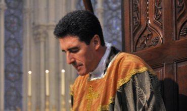 S modlitbou ruženca premenil prázdny kostol v moslimskej štrvti na živú farnosť s 1000 veriacimi na omši.