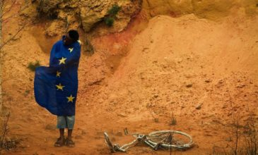 "Africký ekonóm: "" Rozvojová pomoc zo západu Afriku ničí, prosím prestaňte s ňou."""