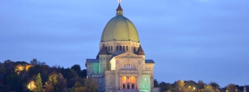 V Montreali bol počas slávenia omše dobodaný kňaz