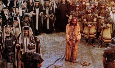 """Prečo sa Ježiš nazýva """"Synom človeka"""" keď je Synom Boha?"""