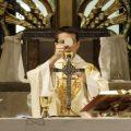 Je dovolené, aby katolík, ktorý je súčasťou inej sekty pristupoval k sviatostiam?