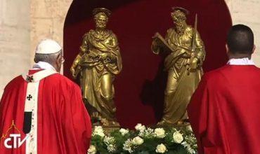 Katolícka cirkev oslávi sviatok apoštolov sv. Petra a Pavla, prikázaný sviatok