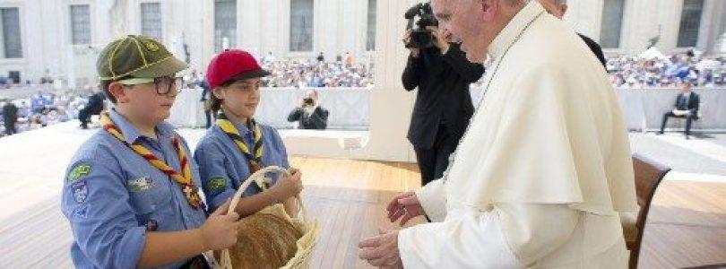 Pápež František prijme 5000 mladých pútnikov z Federácie skautov Európy