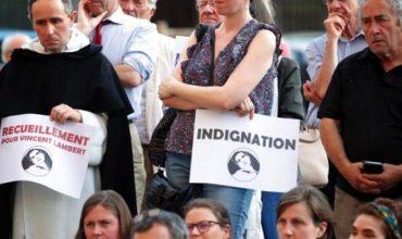 Svätá stolica v reakcii na smrť Vincenta Lamberta: Neupadajme do kultúry skartovania